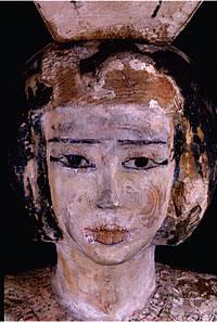Egyptisk kvinne med sort sminke. Foto: Louvre Museum